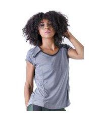 t-shirt mama latina manga curta byr preto
