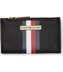 tommy hilfiger women's signature zip wallet black/multi -