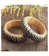 natural fiber and plastic bangle bracelet, 'dark weave' (india)