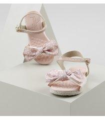 sandália infantil molekinha com laço estampado rosa