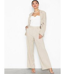 nly trend loose linen pants byxor