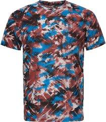 m streaker 2.0 inverse ss t-shirts short-sleeved multi/mönstrad under armour