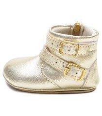 botinha belle comfort style detalhe fivela dourado