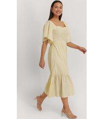 trendyol midiklänning med knyt i midjan - yellow