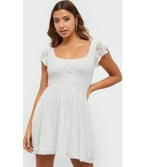 nly one your pretty lace dress skater dresses