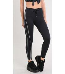 calça legging feminina em moletom básica com faixa lateral preta