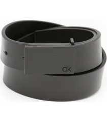 calvin klein men's flat strap leather belt
