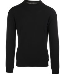 black worsted wool man pullover