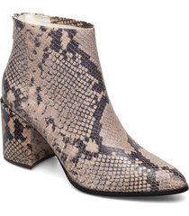jillian bootie shoes boots ankle boots ankle boots with heel beige steve madden