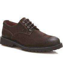 zamszowe sznurowane buty travis