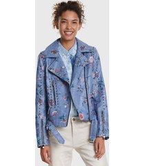 chaqueta desigual celeste - calce regular