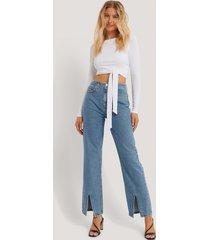 danaë x na-kd jeans med slits fram - blue