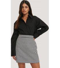 na-kd classic a-linjeformad kjol med hundtandsmönster - multicolor