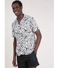 camisa masculina triya tradicional estampada de folhagem manga curta branca