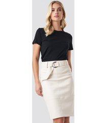 na-kd trend belted midi skirt - white
