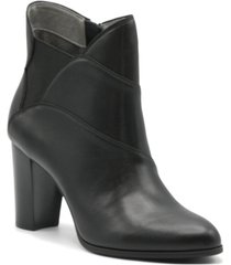 adrienne vittadini women's trella booties women's shoes