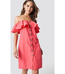 trendyol buttoned off shoulder midi dress - pink