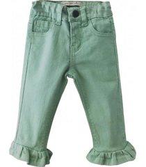 jeans color verde maría pompón