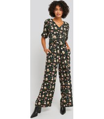 na-kd puff sleeve wide leg jumpsuit - black