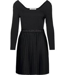 logo waistband pleated dress korte jurk zwart calvin klein jeans