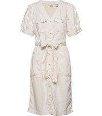 bryn dress soft dunes kort klänning creme levi´s women