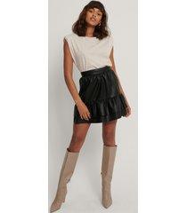 na-kd party pu-kjol med rysch - black