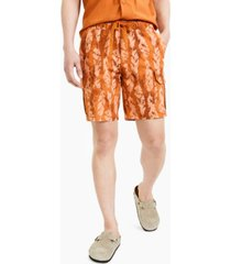 """sun + stone men's mueller regular-fit stretch feather-print 8"""" cargo shorts, created for macy's"""