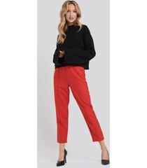 na-kd elastic waist seamline pants - red