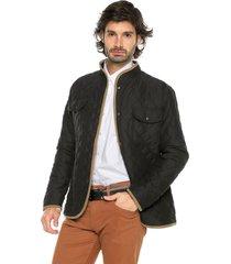 chaqueta negro preppy acolchada rombos