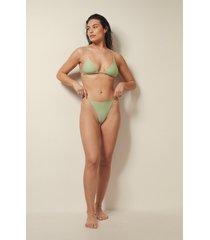 josefine hj x na-kd recycled bikinitrosa med justerbara sidoband - green
