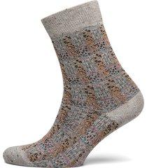 gleam.court so lingerie socks regular socks grå falke women