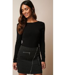 donnaromina x na-kd pinstriped zip detail skirt - multicolor