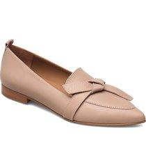 ally black grained leather loafers låga skor rosa flattered