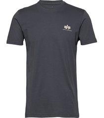 basic t small logo t-shirts short-sleeved svart alpha industries
