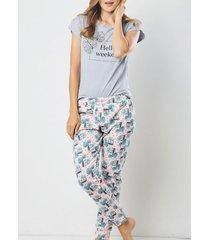 pijama femenina de pantalón gris claro cosmos