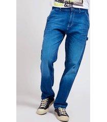denimowe spodnie z kieszeniami fason regular