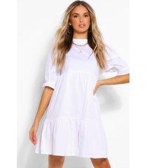 gesmokte jurk met hoge hals, wit