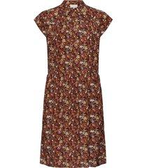 cesena sleeveless dress knälång klänning brun minus