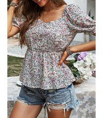 camicetta da donna a maniche corte con colletto quadrato con stampa floreale