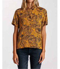 camisa floral resort
