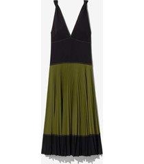 crepe colorblock pleated dress