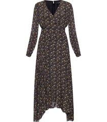 long-sleeved patterned dress