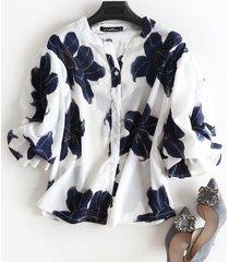 camicette vintage a collo alto con stampa floreale