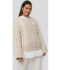 na-kd trend chunky cable knitted sweater - beige