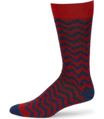 saks fifth avenue men's collection mid-calf heathered chevron coolmax socks - red