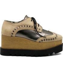 zapato de cuero peltre leblu