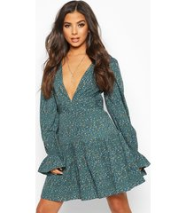 ditsy floral hanky hem skater dress, green
