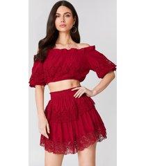 linn ahlborg x na-kd embroidery set skirt - red