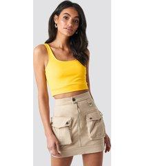 hoss x na-kd cargo mini skirt - beige