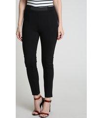 calça legging feminina com recorte preta